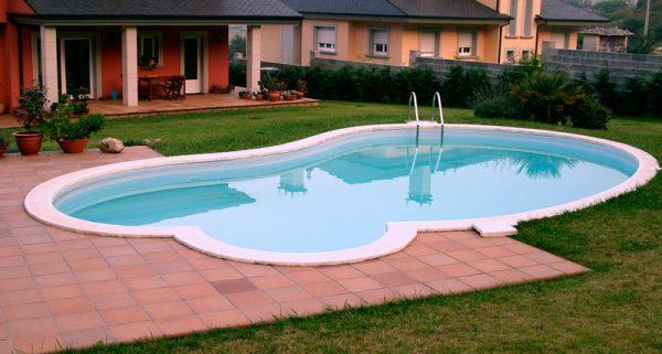 condal-piscina-family