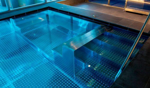 Piscinas inox de acero inoxidable piscinas condal for Piscinas de acero baratas
