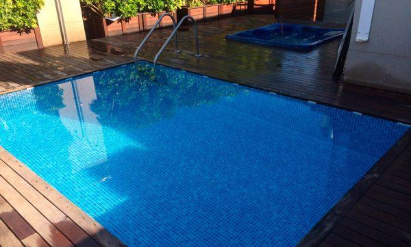 la-piscina-family-condal