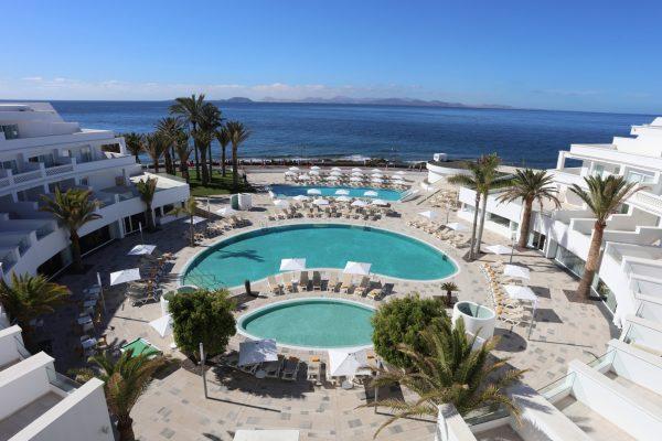 piscinas publicas hotel iberoster lanzarote park