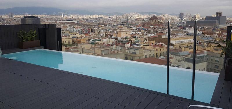 Hoteles 4 piscinas condal for Piscinas rectangulares