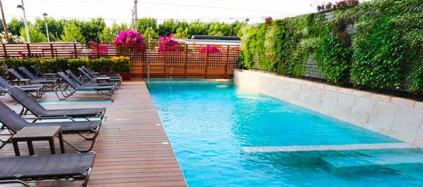volga-piscina-publica-hotel