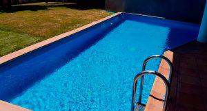 construcción de la piscina