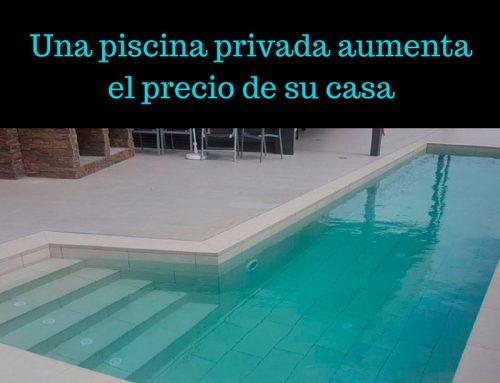 Una piscina privada aumenta el precio de su casa