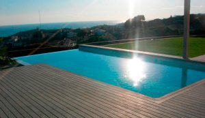 piscina casa condal