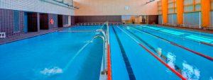 pública piscina