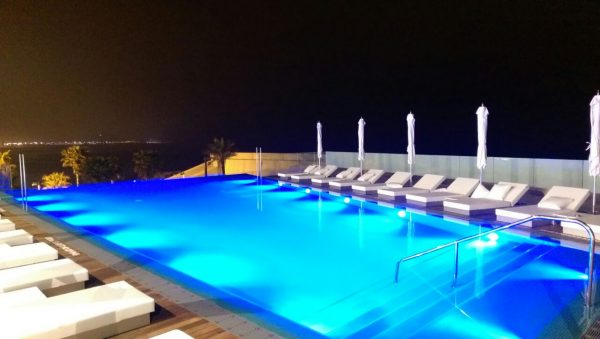 piscinas en hoteles barcelona