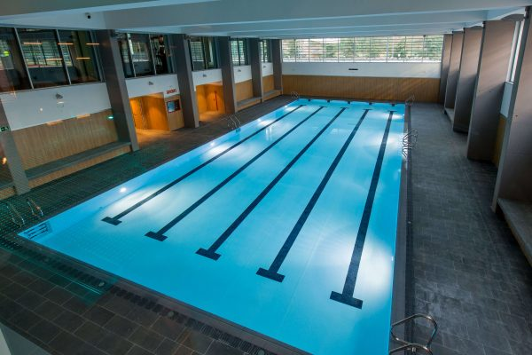 piscinas family barcelona